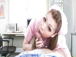 Cute nurse Ayumi Kobayashi makes a..