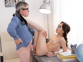 Hotty gives her tutor hookup..